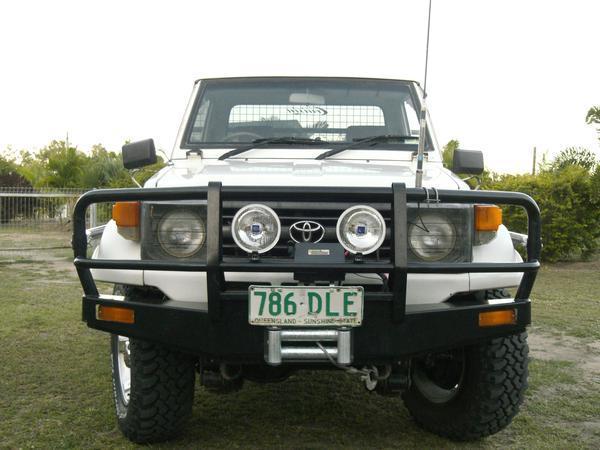 Toyota 70, 75 series Landcruiser lifts, suspension