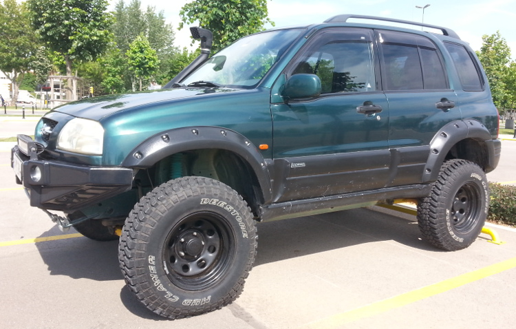 2017 Chevrolet Colorado Zr2 First Drive Best Worlds as well 1995 Geo Tracker Pictures C1879 pi36128127 also Chevrolet Malibu Sedan 2003 as well Jeep Jk Hardtop 4dr Slant besides 64 Chevy C10 Big Red. on 2000 black chevy tracker