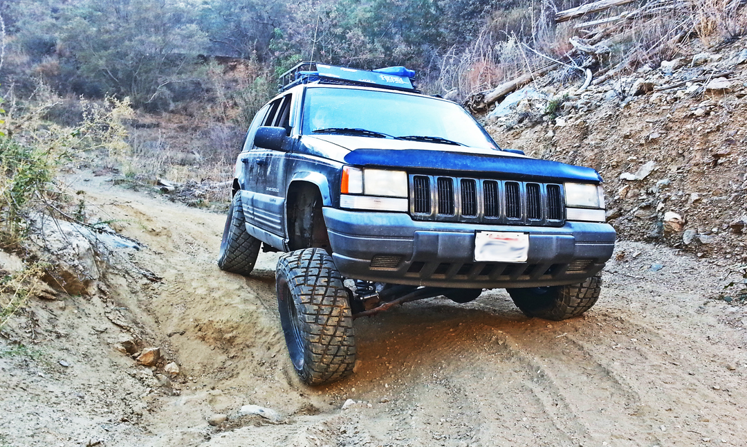 ZJ Lift Kit: 1993-98 Jeep Grand Cherokee ZJ Lift Kit
