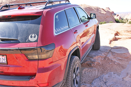 Grand Cherokee rock sliders